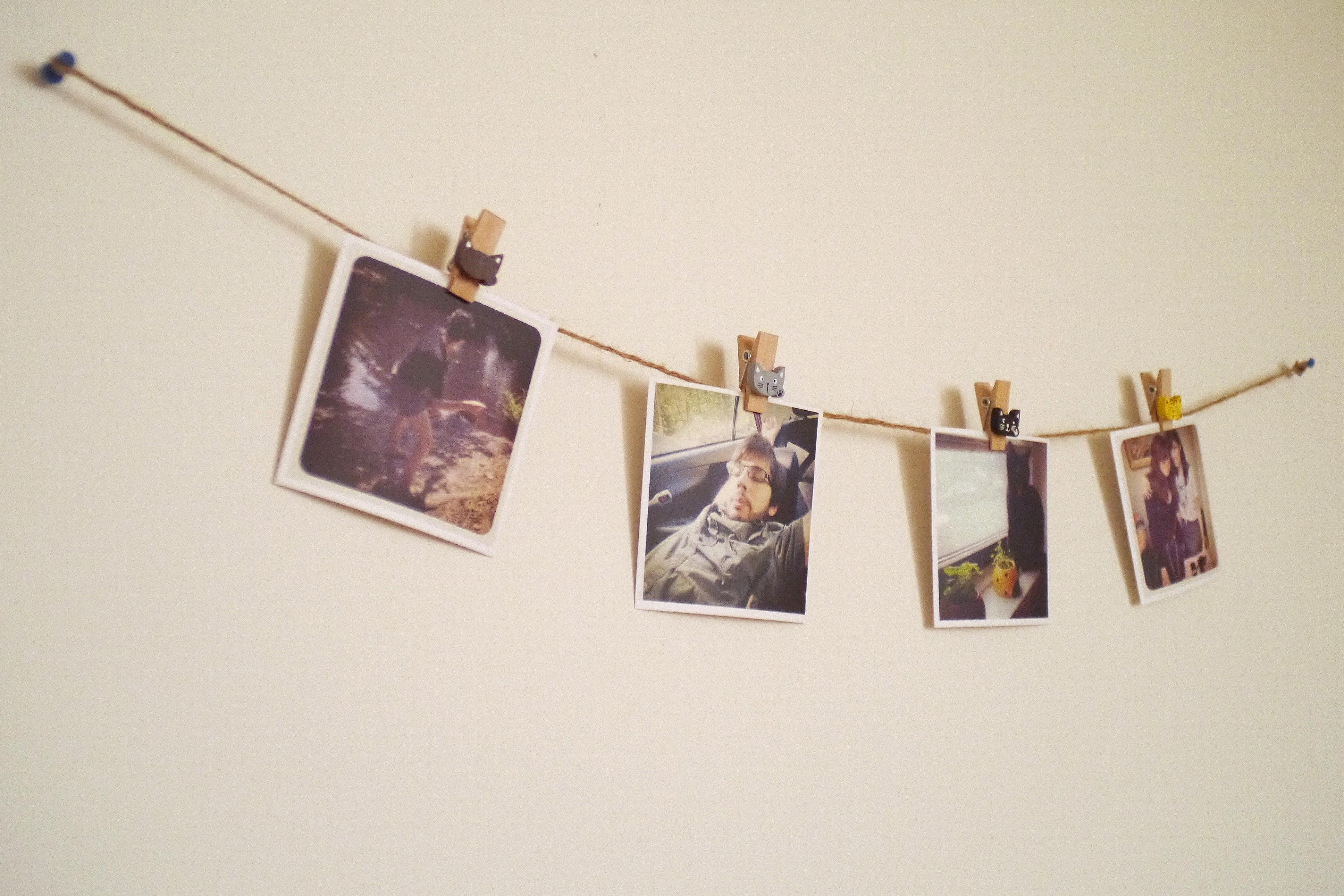 Easy DIY Polaroid Bunting – Custom Photo Garlands Tutorial | Bee's ...: beesbeautifulworld.com/2014/04/20/easy-diy-polaroid-bunting-custom...